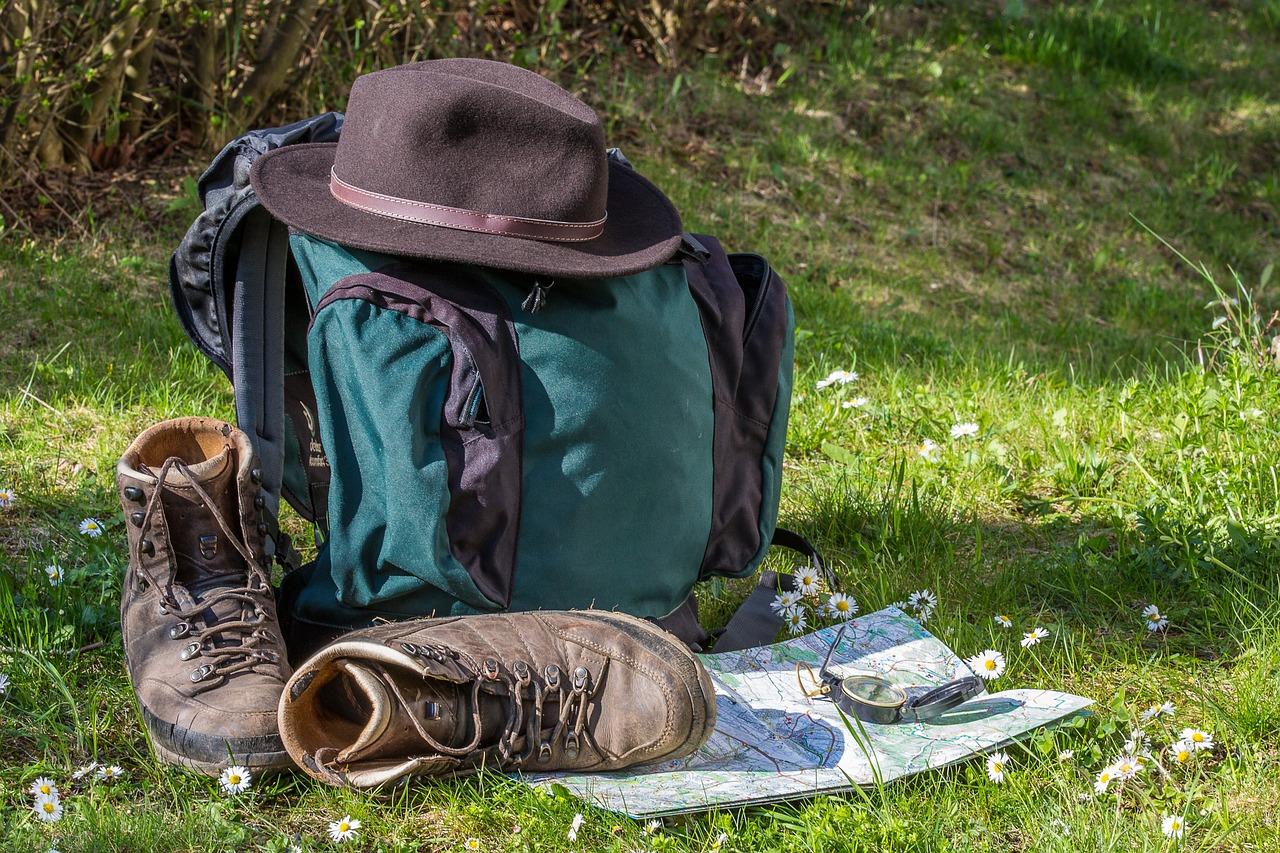 Rucksack Wandern Bergschuhe Landkarte
