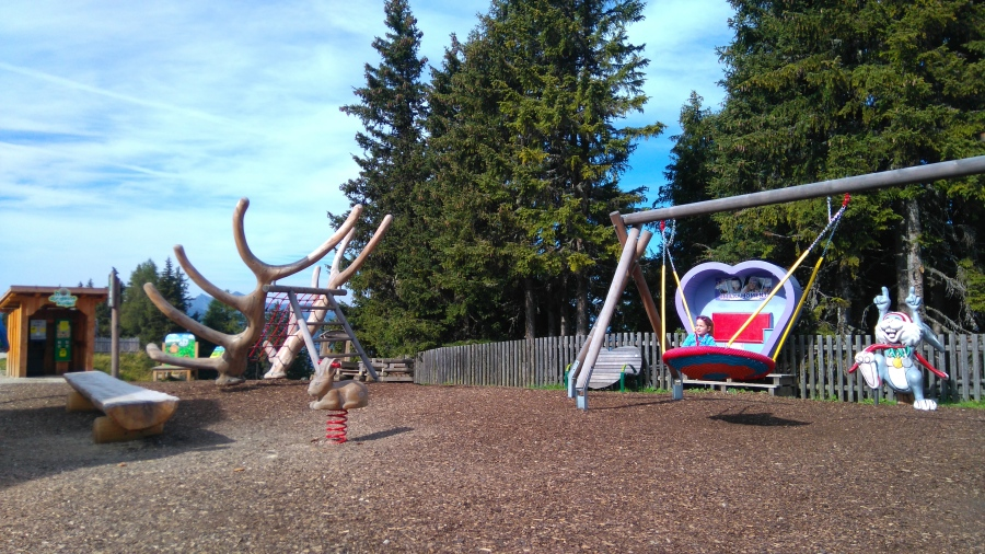 Planai 3 Spielplatz Hopsiland